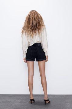 MOM FIT BERMUDA SHORTS | ZARA Bulgaria Zara United Kingdom, Zara Shorts, High Waisted Shorts, Denim Skirt, Organic Cotton, Mini Skirts, Zip, Fitness, Model