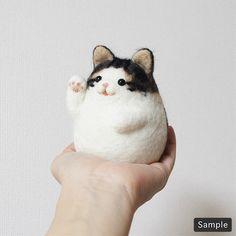 Lovely chubby kitty #needlefelting
