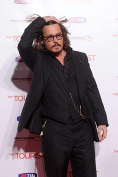 Johnny Depp 💀 At The Tourist Premier. The Hollywood Vampires, Hollywood Men, Johnny Depp Quotes, Jonny Deep, Here's Johnny, Captain Jack Sparrow, Jason Statham, Matthew Mcconaughey, Celebs