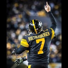 Pittsburgh pulls it off!! 31-28 over Green Bay!!  Videos to follow. #Herewego