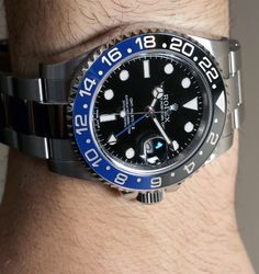 Hands-on with the Rolex GMT Master II Day/Night 116710 BLNR watch featuring a two-tone black and blue bezel. Gmt Batman, Rolex Batman, Rolex Watches, Watches For Men, Rolex Gmt Master, Quartz Watch, Omega Watch, Gadgets, Hands