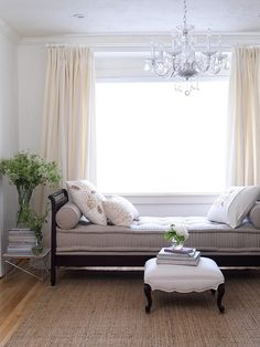 daybed and chandalier