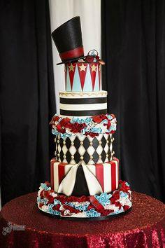 风格各异的马戏团婚礼蛋糕 热情缤纷的嘉年华