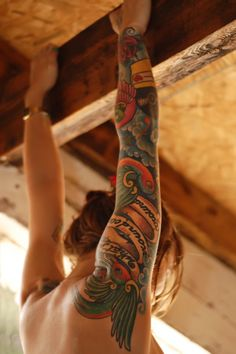 I'm not sure I'll ever have the courage/motivation/inspiration to get one, but I do love sleeve tattoos!
