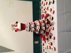 Vegas themed wedding cupcakes