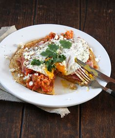 Huevos Rancheros with Savory Cornbread Pancakes #pancakes #healthy #recipes http://greatist.com/eat/pancake-recipes-for-any-time