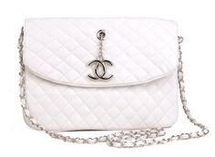Chanel. What I'd give for this purse. What. I. Would. Give.