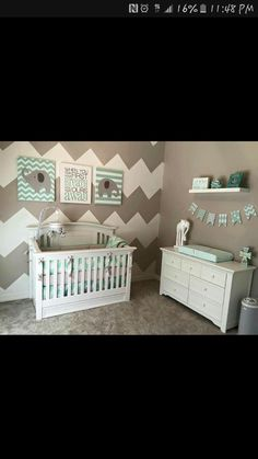 How to Decorate Your Child's Bedroom in an Elephant Theme Baby Room Themes, Baby Boy Rooms, Baby Boy Nurseries, Nursery Themes, Nursery Room, Nursery Ideas, Room Baby, Girl Nursery, Baby Boys