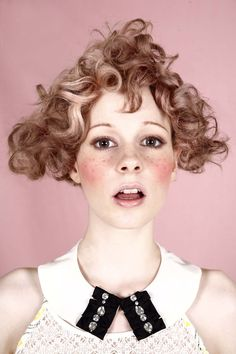 Best 25 Circus Hair Ideas On Circus Makeup by Best 25 Circus Hair Ideas On Circus Makeup Circus Hair, Circus Makeup, Creative Hairstyles, Unique Hairstyles, Sublime Creature, Hair Reference, Female Portrait, Looks Cool, Cut And Color