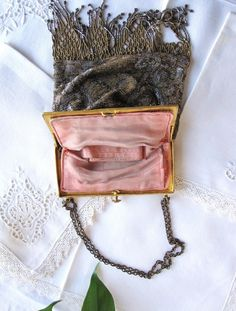 Vintage, glass beaded purse. Etsy from AmeliaRoseVintage.