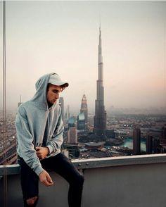 40 Ideas Travel Photos Poses Men For 2019 Rooftop Photoshoot, Men Photoshoot, Portrait Photography Men, Urban Photography, Street Photography, Travel Pose, Travel Photos, Sam Kolder, Look At This Photograph
