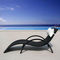 Bain de soleil en résine tressée avec coussin têtière TAMOA - Maison Facile : www.maison-facile.com