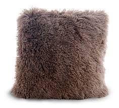 Znalezione obrazy dla zapytania włochata poduszka