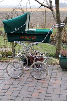 Koelstra, Nederlandse kinderwagen uit de jaren 80 Emmy had zo een heeft David in gelegen en Marco en Jeroen