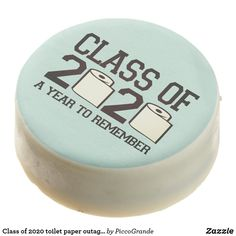 Class of 2020 toilet paper outage graduation style chocolate covered oreo Cookie Icing, Oreo Cookies, Chocolate Dipped Oreos, Oreo Pops, Bachelorette Gifts, Bff Gifts, Confectionery, Corn Syrup, Cooking Timer