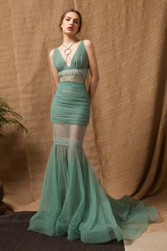 Light Green Tulle Mermaid Dress with Lace and Guipure Stripes and X-Crossed Chest Lines through a Silver Ring. Stylish Dresses, Elegant Dresses, Pretty Dresses, Beautiful Dresses, Fashion Dresses, Ball Dresses, Ball Gowns, Prom Dresses, Formal Dresses