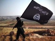 Isis fighters have reportedly executed a 17-year-old boy and left his body on display on a cross in Syria.