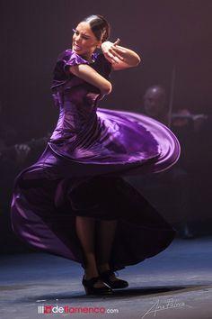 Alba Heredia - Festival de Jerez Flamenco Dancers, Alba, Tango, Cool Pictures, Passion, Concert, Festivals, Dancing, Artists