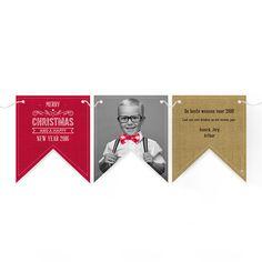Kerstkaart vlagjes. Met gepersonaliseerde tekst en foto.  www.dekaartjesfabriek.be