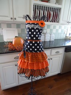 "4RetroSisters ""The Witch is In"" Happy  Halloween Apron - Retro Full Apron. $44.25, via Etsy."