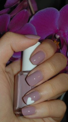 More and More Pin: Nails and Colors