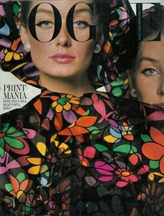 "FASHION FLASHBACK: The April 1964 issue of British Vogue featured a cover shot by David Bailey, and a shoot named ""Print Mania"". See the full cover. Capas Vintage Da Vogue, Vogue Vintage, Vintage Vogue Covers, Vintage Fashion, Quirky Fashion, Vintage Ads, Vogue Magazine Covers, Fashion Magazine Cover, Fashion Cover"