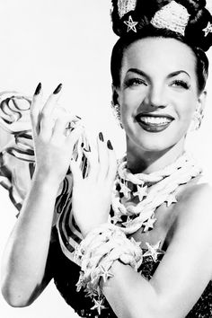 Carmen Miranda, c. 1940s.  ♥ ♥ ♥  http://www.imdb.com/name/nm0000544/bio