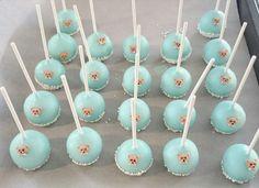 Torte Taufe Junge Give Away Cake Pops Bär.jpg