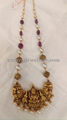 Ruby Beads Set with Adorbale Lakshmi Gold Temple Jewellery, Gold Jewellery Design, Bead Jewellery, Beaded Jewelry, Handmade Jewellery, Silver Jewelry, Jewellery Exhibition, India Jewelry, Silver Rings