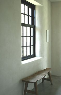 Guillotine window / Plaster / Bench - Benoit Viaene
