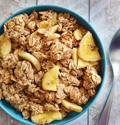 6. No Sugar Added Banana Nut Granola #healthy #granola #recipes http://greatist.com/eat/homemade-granola-recipes-that-are-healthy