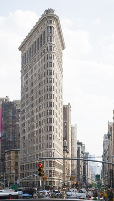itinerario a new york flatiron building Van Gogh Wallpaper, Travel Around The World, Around The Worlds, Ny Map, City North, Flatiron Building, New York Travel, South America, Places To Travel