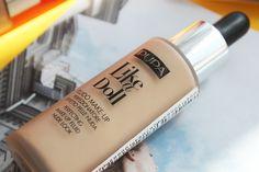 Все подробности о новом тональном флюиде Pupa Milano Like a Doll и небольшое сравнение с нашумевшим L'Oreal Nude Magique.  http://juravlinka.com/blog/makeup/pupa-milano-like-a-doll-perfecting-make-up-fluid-nude-look-spf-15-in-020/