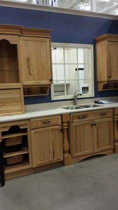 Cabinet in foregeound subtracts from counter space.