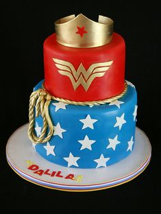 30th B-day Cake!? I think soooooo!!! and it can be GLUTEN FREE!!   Wonder Woman Cake I NEEEEEEEEED this for my birthday