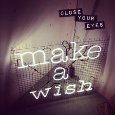 'Make a wish' Neon