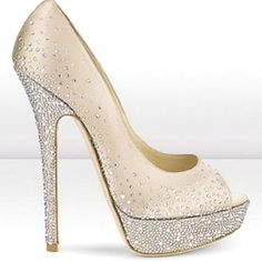 Want!  This is perfect.  Not TOO Much Sparkle.  Just Enough.  :)