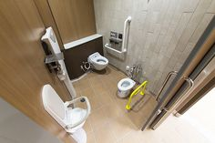 LIXIL ビジネス情報|施工事例|道の駅もてぎ Ada Bathroom, Washroom, Nursery Room, Baby Room, Baby Shower Parties, Shower Party, Restroom Design, Sink, Rest Room