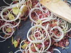 Zöldség metélt pirított baconnal | Gór Nagy Krisztina receptje - Cookpad receptek Bacon, Mexican, Ethnic Recipes, Food, Essen, Meals, Yemek, Pork Belly, Mexicans