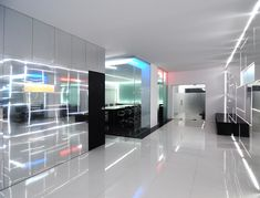 Image 9 of 28 from gallery of Genesis Technology Group / Project-BD Architects. Interior Design And Technology, Office Interior Design, Interior Exterior, Office Interiors, Home Interior, Estilo High Tech, Office Graphics, Innovative Office, Creative Office Space