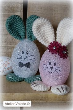 Easter Crochet Patterns, Crochet Bunny, Crochet Patterns For Beginners, Crochet Crafts, Easter Projects, Easter Crafts For Kids, Craft Stick Crafts, Diy Crafts, Diy Easter Decorations