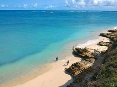 Kaliantan Beach East Lombok Indonesia  Photo by @loetfi_ono -  The beach boys.... #goodmorning  Have a great day! (Taken around Kaliantan Beach Lombok Timur)  #lombok #lombokundercover #island #amazing #view #beach #sea #ocean #nature #panorama #explorelombok #kelilinglombok #wonderfullombok #ayodolan #jalan2men #lingkarindonesia #wonderful_places #beautifuldestinations #traveling #indotravellers #indonesiaparadise #instanusantara #mtma #kerengan #livefolkindonesia #liveauthentic #wanderlust…