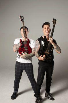 Zacky Vengeance & Synyster Gates en la sesión de Guitar World 2013