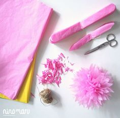 Crafts For Kids, Arts And Crafts, Diy Crafts, Mini Pastries, Paper Pom Poms, Pig Party, Flamingo Party, Giant Paper Flowers, Cute Diys