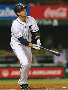 Ryan Spilborghs lifts his 2nd of the season, a 3-run blast  down the right field line off Brad Bergesen, caps Lions' big 5-run 6th inning at Seibu Dome on June 6, 2013 in Tokorozawa, Saitama.