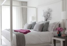 My new room :)))) All White Bedroom, Grey Bedroom With Pop Of Color, Gray Bedroom, Trendy Bedroom, Bedroom Colors, Home Bedroom, Bedroom Decor, Grey Room, Bedroom Furniture