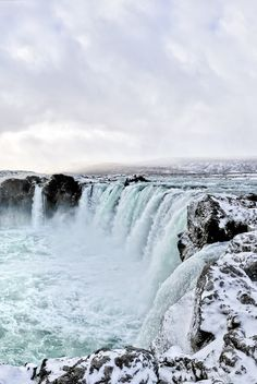 looks like Iceland Wildlife Nature, Niagara Falls, Iceland, Earth, Landscape, Waterfalls, Travelling, Mad, Website