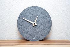 Uhren - Handgemachte Design-Wanduhr Flowers - ein Designerstück von farbflut bei DaWanda