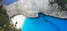 Denk je aan Griekenland dan poppen er al snel beelden op van eilanden als Kreta en…