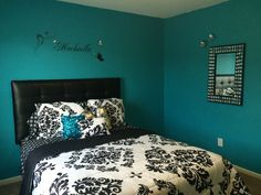 Teen Girl Bedrooms - Effortless yet cozy teenage girl room tactic. The Essential read summary number 1820198133 Teen Girl Bedding, Bedroom Decor For Teen Girls, Teen Girl Bedrooms, Bedroom Themes, Room Decor Bedroom, Bedroom Ideas, Tidy Room, Bedroom Turquoise, Desks For Small Spaces